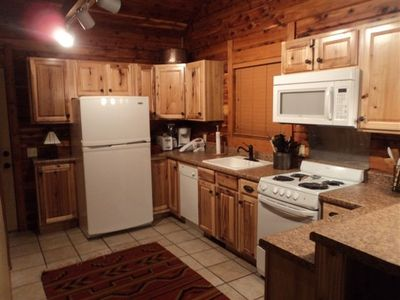 Beautiful cabin Kitchen
