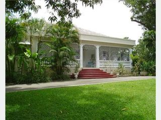 Gibbs Bay villa photo