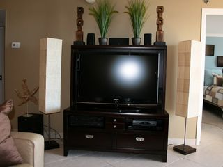 46' HDTV 1080p with Home Theatre Surround Sound - Islander Destin condo vacation rental photo