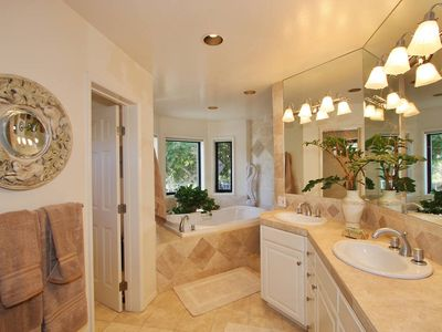 Master Bath with Separate Shower & Tub