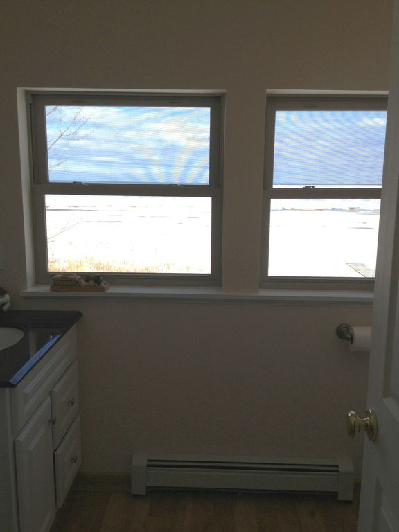 Upstairs 1/2 bath with a view!