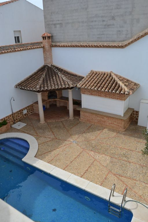 COTTAGE IN ALMAGRO
