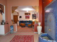 SUPERBE ET SPACIEUX RIAD TRADITIONNEL