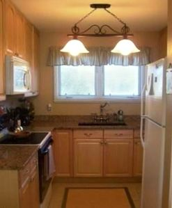 Fully functional granite kitchen w/ microhood and dishwasher