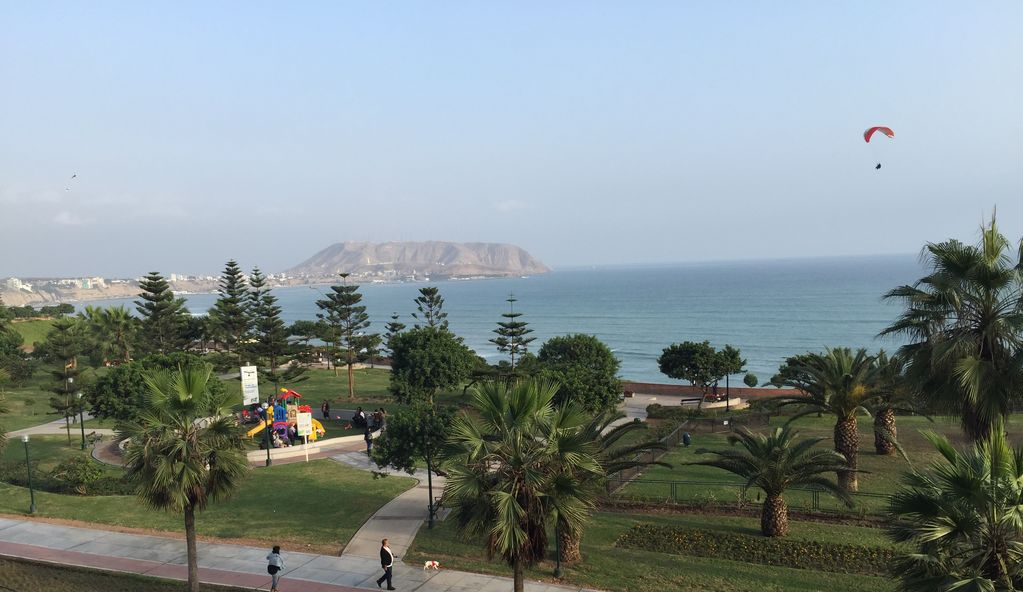 Miraflores - Luxury Furnished Upscale Direct Oceanview Condo!!