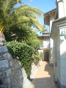 Beaulieu-sur-Mer apartment rental - Route to apartment entrance