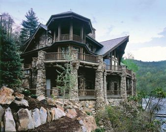 Lake Nantahala lodge rental - Perched above Lake Nantahala