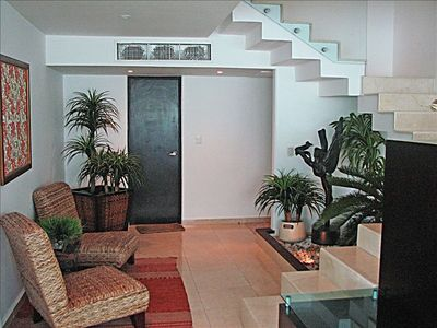 Cancun condo rental - Penthouse #3730 - Entry Area & Marble Staircase