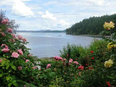 Nanaimo condo rental - Rose Garden with a view