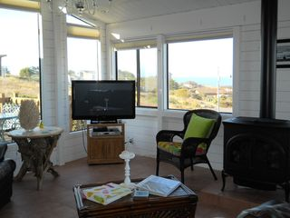 Bodega Bay house photo - Watch the game on the wide screen TV