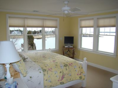 Bourne house rental - Master bedroom with king bed