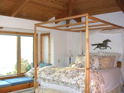 Master bedroom has spectacular ocean views