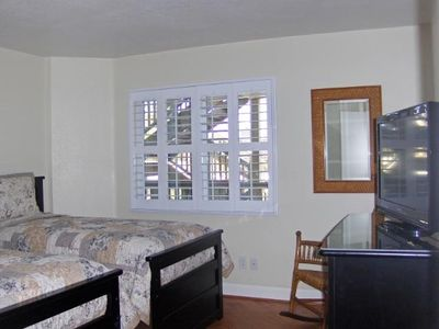 Monarch Beach condo rental - Second Bedroom with Twin Beds-Walk-in Closet and LCD TV