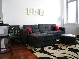 Midtown Manhattan apartment photo - livingroom