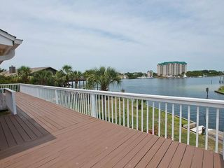 Vacation Homes in Holiday Isle Destin house photo - 15