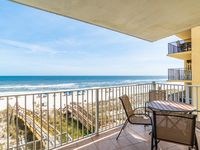 Great Rates!! Come Relax At The Beach!!