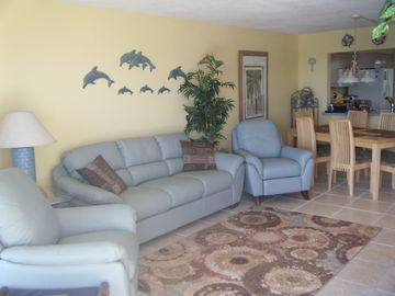 Madeira Beach condo rental - Living Room