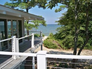 Point Lookout house photo - wrap around deck