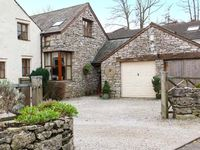 WOODLANDS, pet friendly, with open fire in Great Urswick, Ref 918749