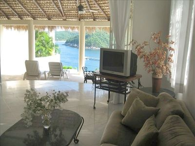 Huatulco villa rental - ocean view from living room