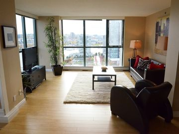 Vancouver condo rental - Living Room