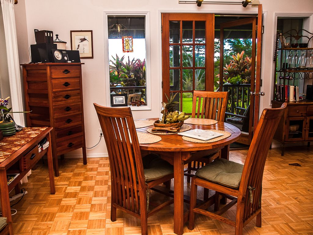 Beautifully decorated with teak furniture through out. Seating for four indoors.