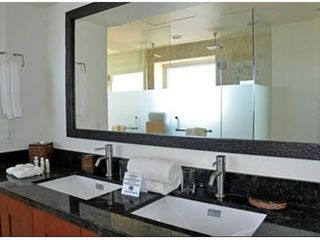 Cabo San Lucas condo photo - Master Bath with Granite Counter tops and Walk-in Dual Overhead Shower