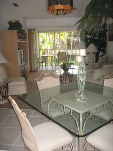 Naples condo rental - Dining Area