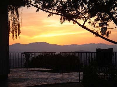 Napa house rental - Jacuzzi by sunset