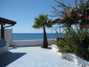 Reggio Calabria City house rental - Blue Terrace Overlooking Beach