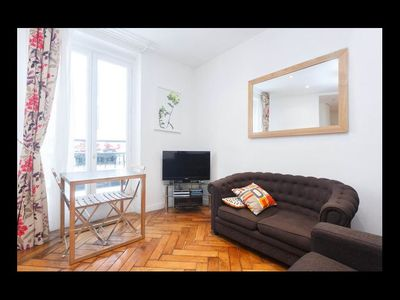 Holiday apartment, 31 square meters , Grenelle, France