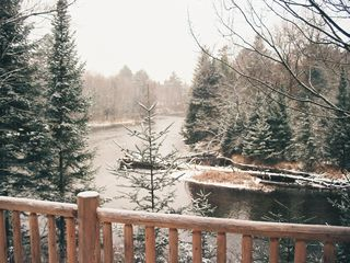 Grayling lodge photo - Fresh winter snow from the deck
