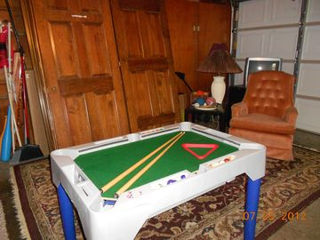 KIDS GAME ROOM. POOL TABLE/HOCKEY, BASKET BALL, DARTS & OTHER GAMES.