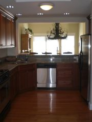 Quechee condo photo - Gourmet kitchen equipped with all high end appliances and service for 12.