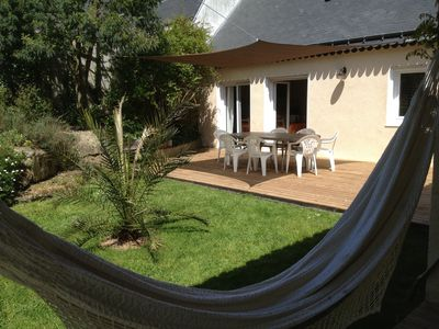 Simple house friendly floor for 8 people 700 m from the beach