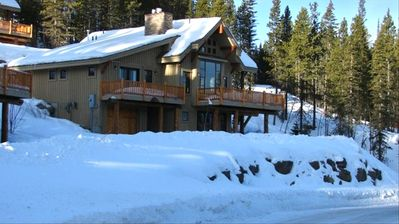 Perfect Family GetAway!! Ski-in-Ski-Out Home, Cowboy Heaven