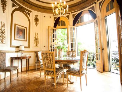 Up for a Family Vacation in a Mini Castle? Book me online NOW and save!