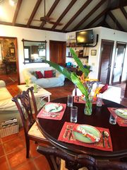 Fish Bay cottage photo - Dinging and Living Area