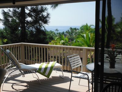 Two large sunny ocean view lanais in the best part of Kona!
