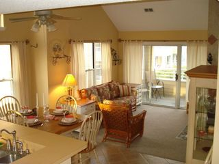 Manteo condo rental - Kitchen and Family room