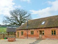 THE MILKING PARLOUR, pet friendly in Westhope, Ref 12658