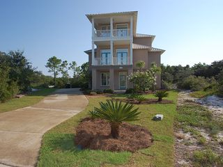 Fort Morgan property rental photo - 19th Hole: just purchased by Harris Properties. 5 Bedroom 4.5 Bath sleeps 16!!