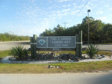 Lovers Key Beach