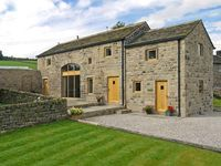 STONEYCROFT BARN, luxury holiday cottage in Midhopestones, Ref 6188
