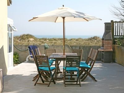 terrace with BBQ & seaviews