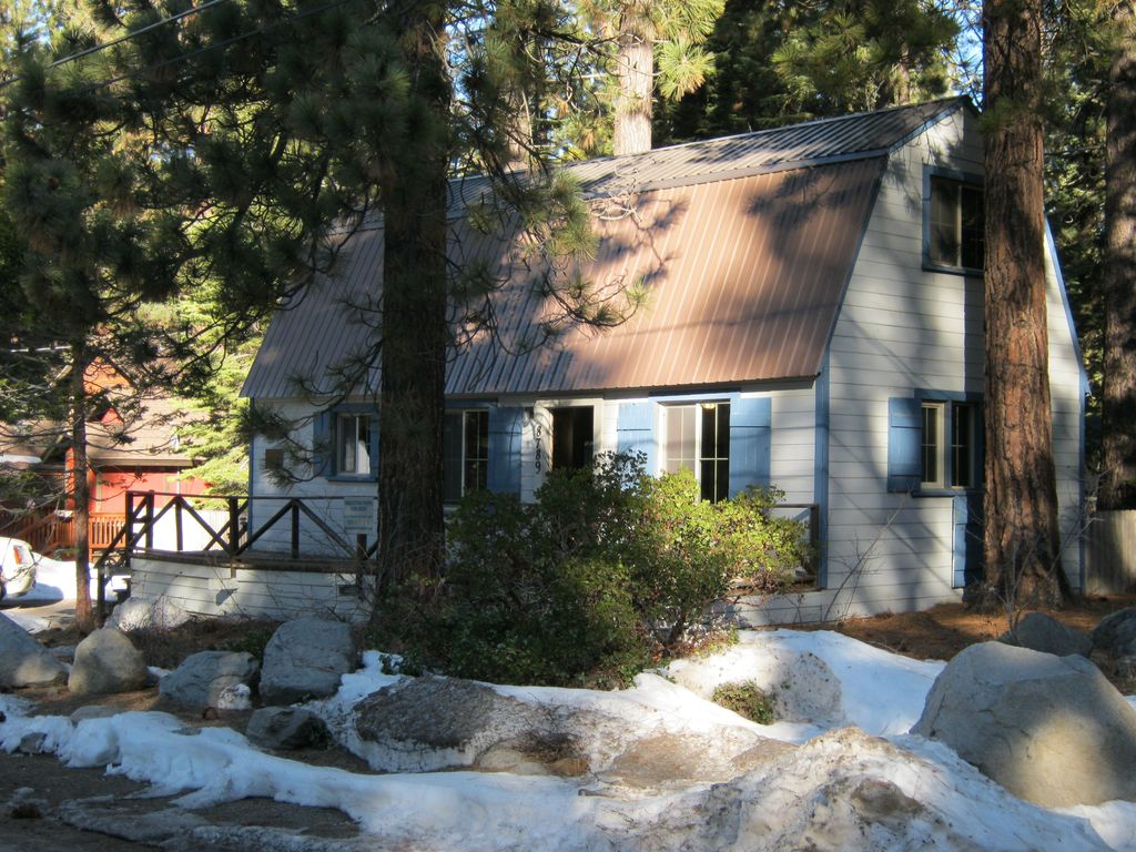 North lake tahoe vacation home vrbo for North lake tahoe cabin rentals