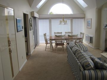 Brewster Ocean Edge Resort condo rental - Open Dinning Living Area with Cathedral Ceilings and Sky Lights