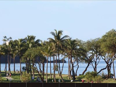 Honokowai condo rental - The famous Black Rock