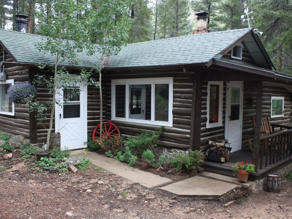 Log cabin on the water a place to experience vrbo Cabin creek 15