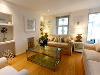 A Luxury 5 Star Gold Character Cottage House In Padstow With Estuary Views